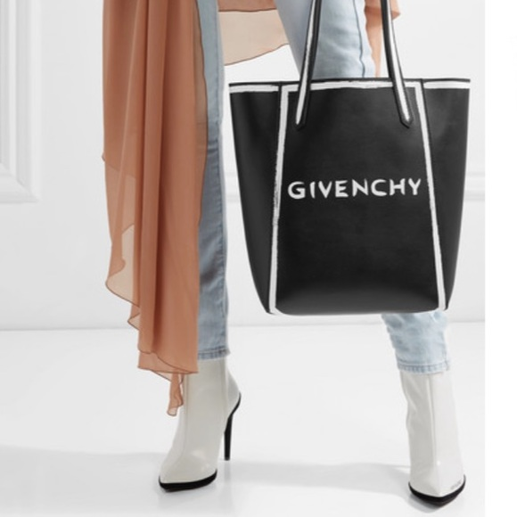 d3aa831511eb Givenchy Stargate printed leather tote